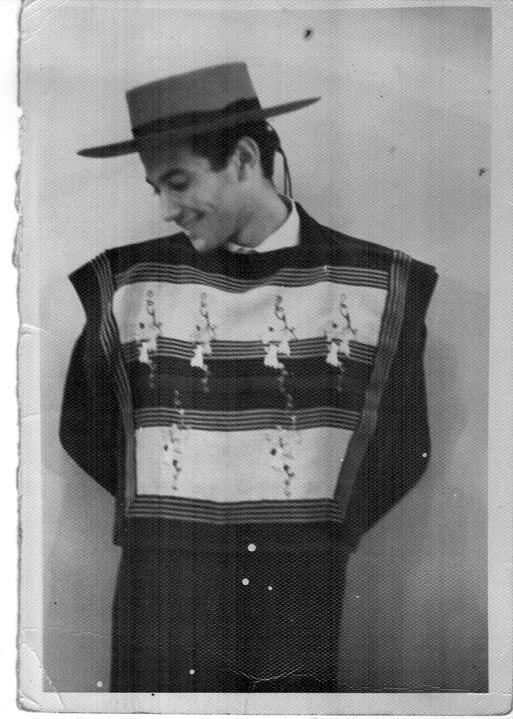 Marcelo en los años '60 en el grupo folclórico chileno Patricio Lumumba.