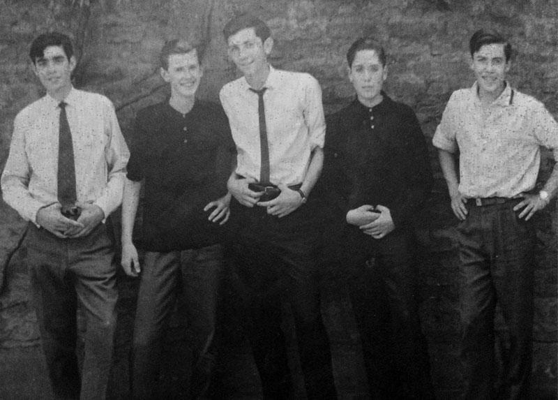 Jorge con sus compañeros de colegio: Arturo Braun, Felipe Guzmán,  Gastón Concha y Luis Montes ,  LAP, 1963, Santiago.