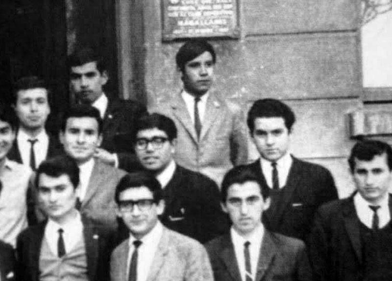 Manuel en los años de estudiante en la Escuela Normal