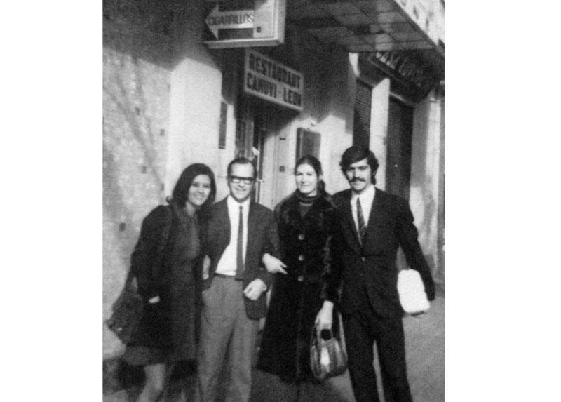 Alfredo y Silvia el día del matrimonio de sus amigos René Bandera y Gabriela Montalva, del que fueron testigos. Viña del Mar, 1971.